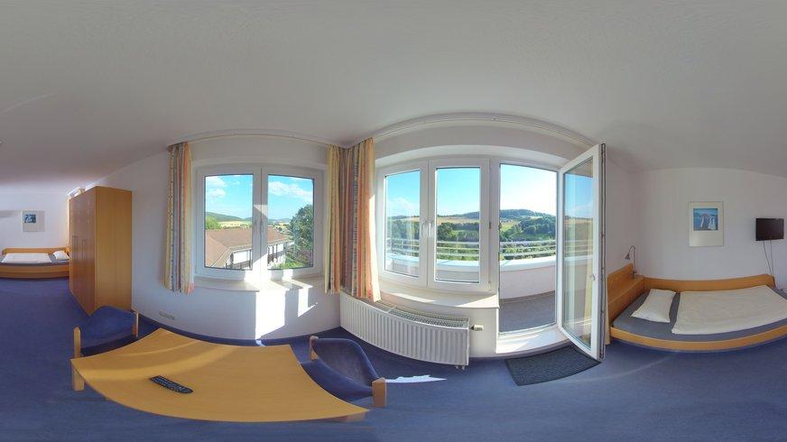 BIZ Naumburg Haus Innenansicht Unterkunft Zimmer